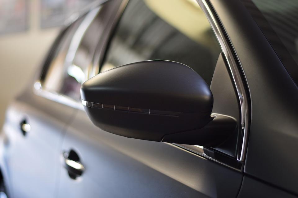 Autolifte er uundværlige både på autoværkstedet og hjemme i garagen