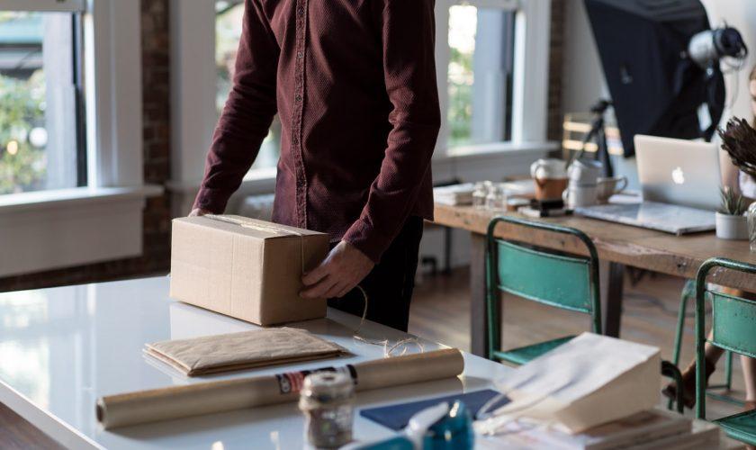 Send pakker nemt med personlige labels